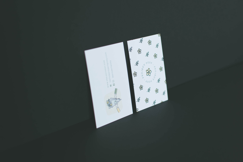Miel Café Design Portfolio: Business card for Project Posy flower delivery service